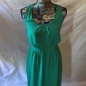 CHARMING CHARLIE green maxi dress  SIZE LARGE